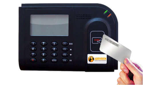 Máy chấm công thẻ cảm ứng